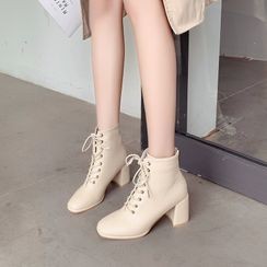 Red Wolf - Chunky Heel Lace-Up Short Boots