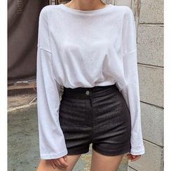 chuu - Drop-Shoulder Long-Sleeve T-Shirt