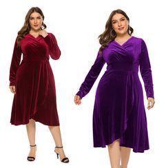 Chelsie Chic - Plus Size Long-Sleeve Velvet A-Line Midi Dress