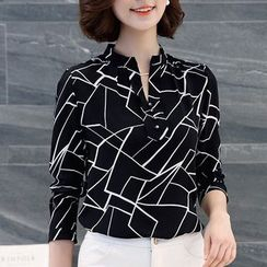 In the Mood - Printed Split Neck Long Sleeve Chiffon Blouse