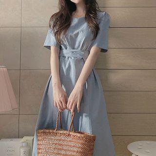 Leoom - Short-Sleeve Tie-Front Midi A-Line Dress