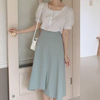 Leoom - 泡泡袖飾鈕扣碎花襯衫 / 不規則A字中長裙