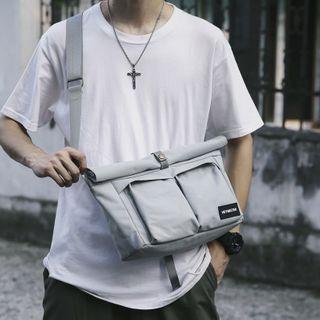 Tsuboten - Plain Messenger Bag