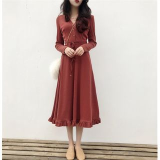 Lassika - Long-Sleeve Midi A-Line Dress