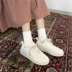 KUMI - 繫帶休閒鞋