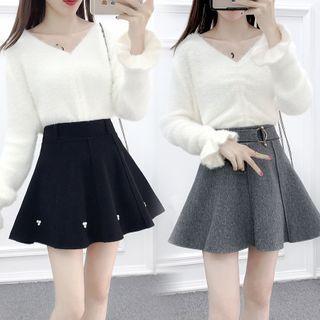 Petit Lace - Set: V-Neck Plain Ruffled Knit Top + A-Line Skirt