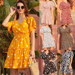 Oshwaze - Short-Sleeve Floral Print Mini A-Line Dress