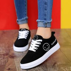 Yuche - Smiley Canvas Sneakers