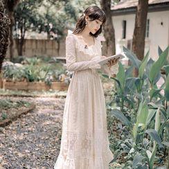 Effie - 通花翻領喇叭袖A字連身長裙