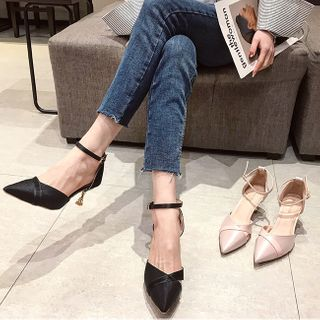 clog & wings - Ankle Strap Pointed Kitten-Heel Sandals