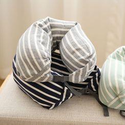 Murmursong(マーマーソング) - Striped Travel Hooded Neck Pillow