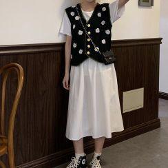 Rorah - Flower Embroidered Knit Vest