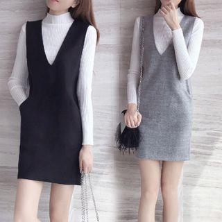 Carminola - 套装: 小高领长袖针织上衣 + 背带连衣裙