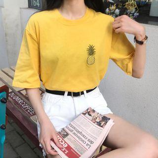Hevnir - Pineapple Embroidered Short-Sleeve T-Shirt