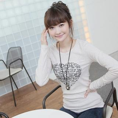 CLICK - Long-Sleeved Heart Appliqué T-Shirt