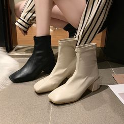Moonwalk - Block Heel  Square Toe  Short Boots