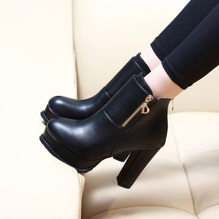 Anran - Faux Leather Chunky Heel Ankle Boots