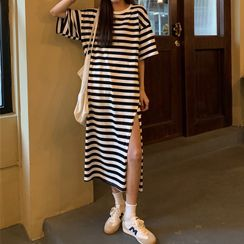 CosmoCorner(コスモコーナー) - Short-Sleeve Striped Dress