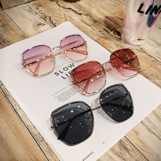 MOL Girl - Round Sunglasses