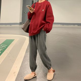 Dute - Planet Embroidered Pullover / Plain Jogger Pants