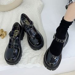 Yuki Yoru - Platform Block Heel Mary Jane Pumps