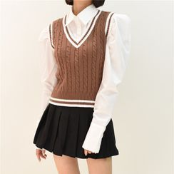 Sistyr - V-Neck Two Tone Striped Knit Vest