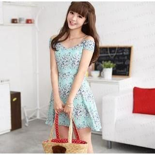59 Seconds - Off-Shoulder Floral Pleated A-Line Dress
