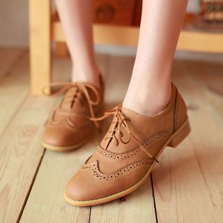 Aegina - Faux-Leather Wing-Tip Flat Oxfords