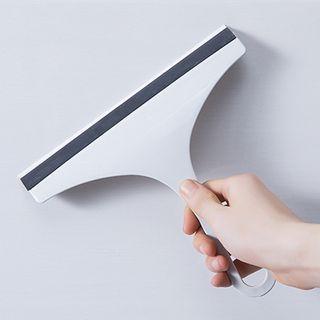 Showroom - Plastic Window Wiper