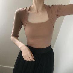Winkplay - Square-Neck Dance T-Shirt