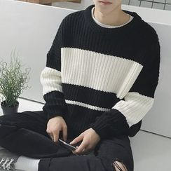 Wescosso - Round Neck Striped Knit Top