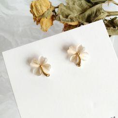 Isle of Green - Acrylic Flower Stud Earring / Clip-On Earring