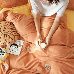 Sharemily - Embroidered Bedding Set