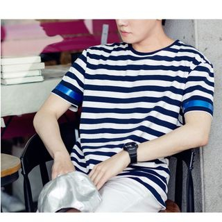 AMPO - Striped Short Sleeve T-Shirt