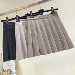 Honey House - Plain Mini Pleated Skirt