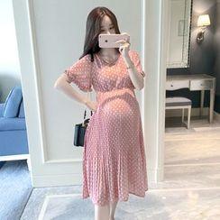 EZ Life - Maternity  Short-Sleeve Dotted Midi Chiffon Dress