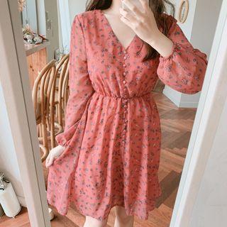 Aumoti - Flower Print Long-Sleeve Shift Dress
