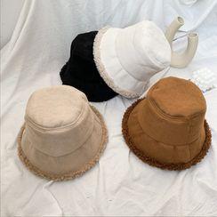 Raconteur - Fleece-lined Bucket Hat