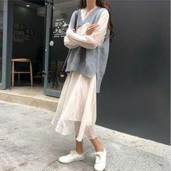 Yaonee - Lace Trim Long-Sleeve Midi Dress / Knit V-Neck Vest / Set