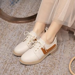 Freesia - Two-Tone Panel Faux Leather Lace-Up Shoes