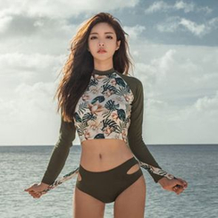 Salanghae - Set: Long-Sleeve Floral Print Cropped Rashguard + Bikini Bottom