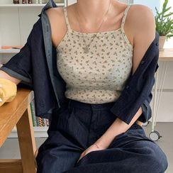 MERONGSHOP(メロンショップ) - Halter Slim-Fit Floral Crop Top