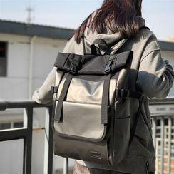 EAVALURE(イーヴァルア) - Snap Buckle Laptop Backpack