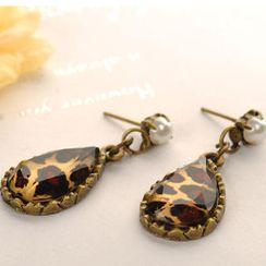 Fit-to-Kill - Leopard Print Earrings