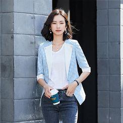 Princess Min - Elbow-Sleeve Argyle Embroidered Blazer