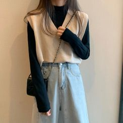 Shinsei - V-Neck Knit Vest / Mock-Neck Long-Sleeve Top