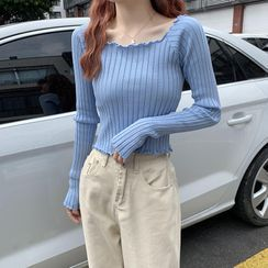 Moon City - Long-Sleeve Plain Knit Top