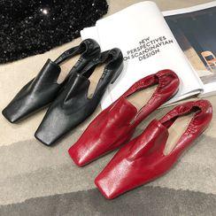 MIKOGI - 方形平跟鞋
