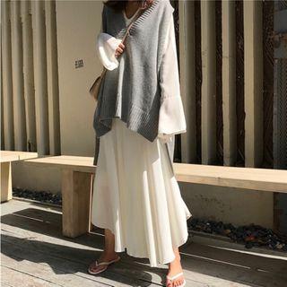 Serendipitous - Dip-Back Long Knit Vest / V-Neck Long-Sleeve Midi Shift Dress