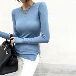 DABAGIRL - Slit-Side Slim-Fit T-Shirt